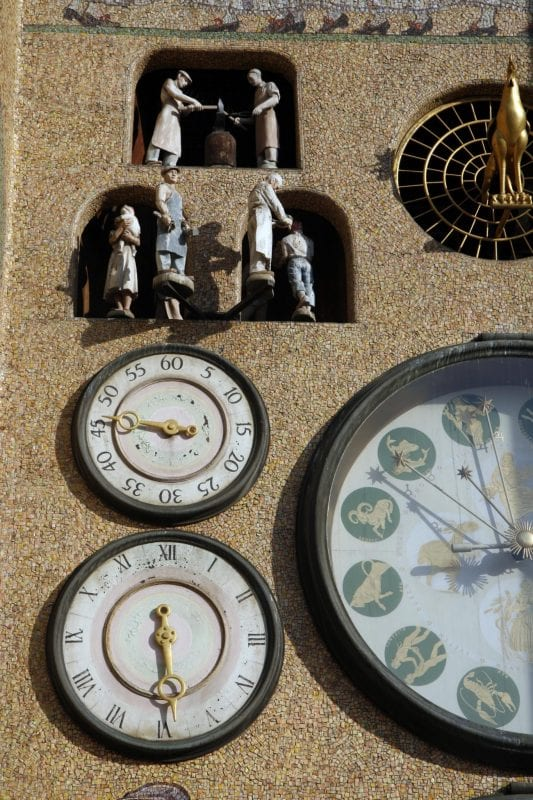 CZTI reloj Olomouc