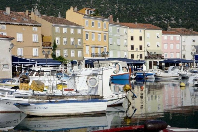 Puerto de Cres