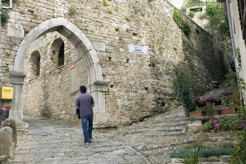 Motovun tiene menos de mil habitantes