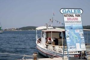 Barcos con salida a las Islas Brijuni