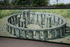 reproducción de cómo era Stonehenge originariamente.