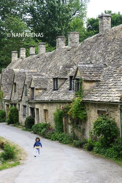 Calle de Bibury, en los bellos Costwolds en Inglaterra