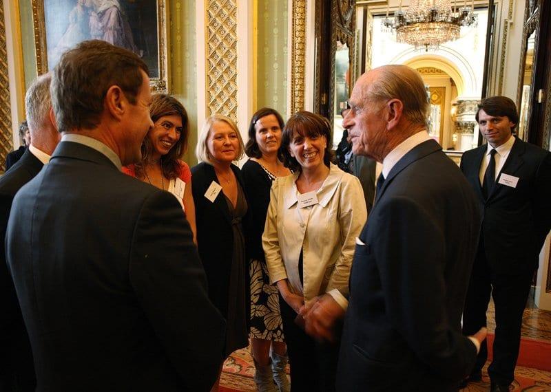 Vani Arenas con el duque de Edimburgo