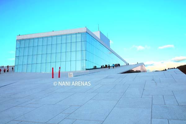 La nueva ópera de Oslo a las once de la noche