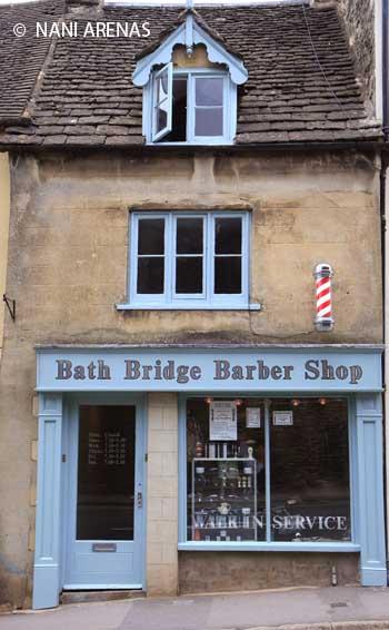 Una barbería en Tetbury, en los Costwolds en Inglaterra