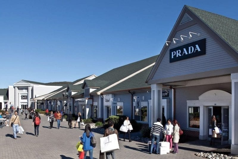 Woodbury outlet está a una hora de Manhattan
