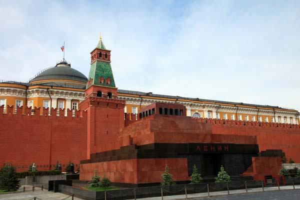 Mausoleo de Lenin en la Plaza Roja de Moscú