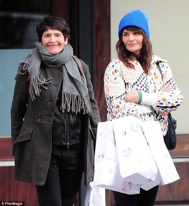 Elza y Helena Christensen