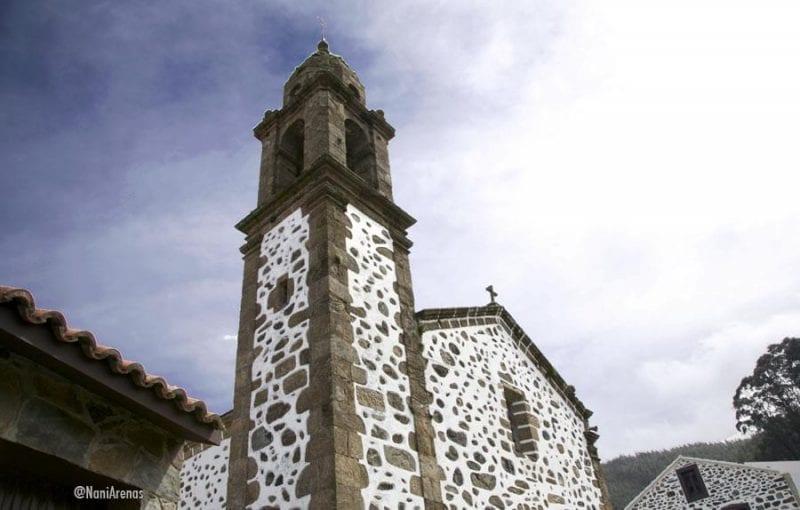 El santuario es un templo gótico típico de localidades marineras