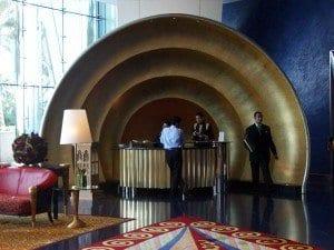 Recepción del hotel Burj al Arab, en Dubai