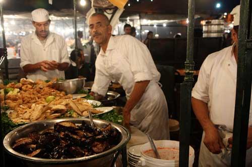 El pueto 14 de la plaza de Jemaa el Fnaaa vende solo pescado