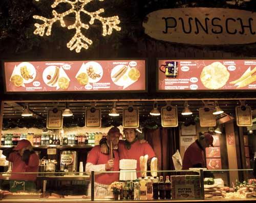 Puesto de ponche navideño en Viena