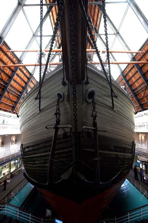 El Fram se construyo en 1892 y fue utilizada en expediciones míticas a ambos polos.