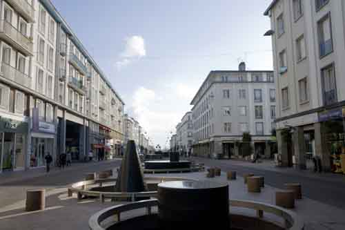 La calle Siam es la calle principal de Brest