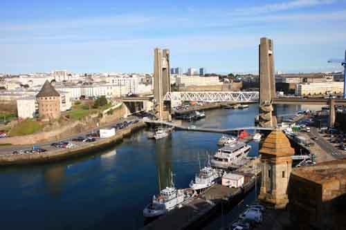 Puente levadizo de Brest