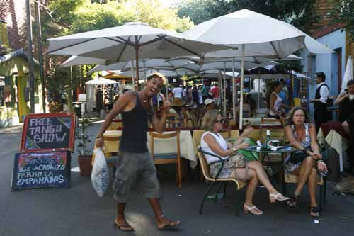 Buenos Aires Caminito Boca turistas la viajera blog