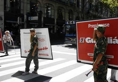 Buenos Aires carteles publicidad