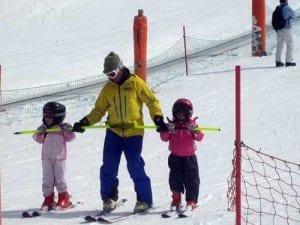 Los monitores de la escuela de esqui de Barrabes en cerler