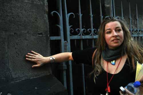Marie trabaja como guía turístico en Clermont-Ferrand