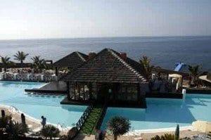 Lanzarote NH resorts piscina de abaj