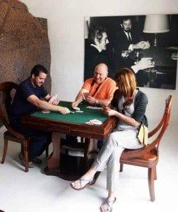 Recreación de una partida de cartas en homenaje a Omar Shariff, en Lanzarote