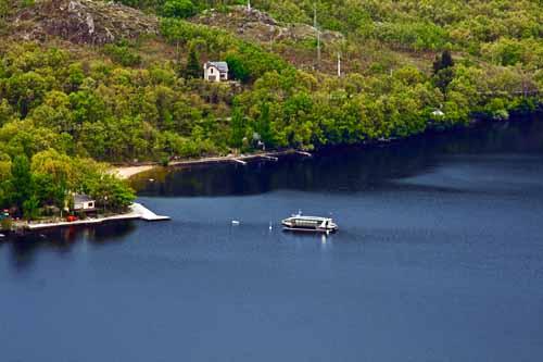 Puebla de Sanabria lago