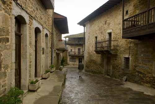 Puebla de Sanabria pueblo calle