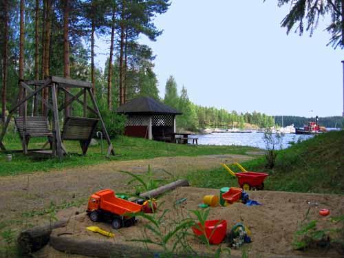 Finlandia cabaña juguetes blog