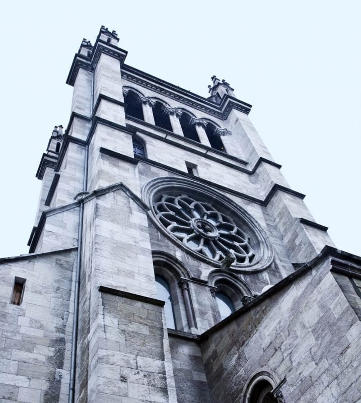 Torre de la catedral de San Pedro.
