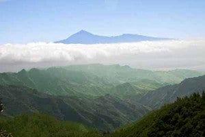 foto panorámica de La Gomera con el Teide