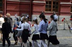 Moscu niñas flores Lenin blog