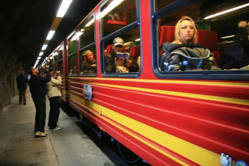 Suiza Jungfrau tren tunel nani arenas blog