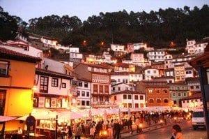 Cudillero (Asturias) panoramica nocturna blog
