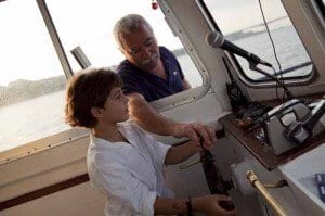 Ribadeo Lugo barco niño la viajera empedernida blog