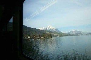 Vistas montañas desde el tren Zurich blog