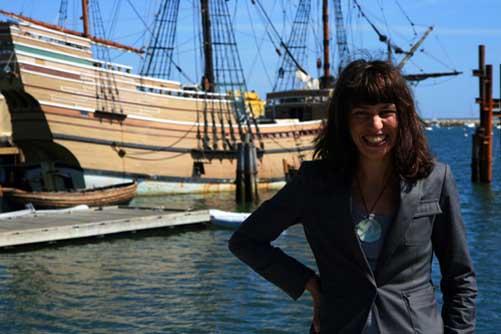 nani Arenas en el Myflower II en Massachusetts