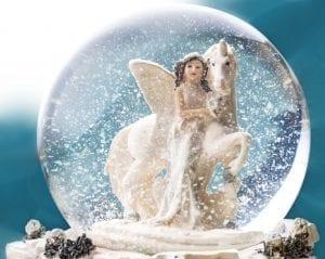Bola de cristal con nieve
