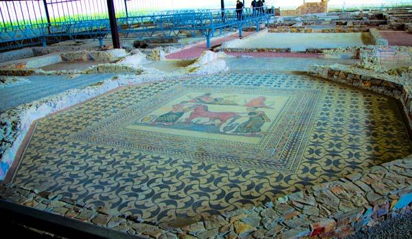 Detalle del mosaico del pavimento