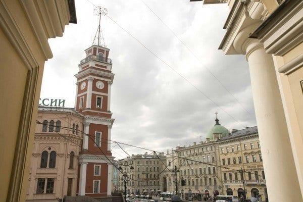 Perspectiva Nevski en San Petersburgo