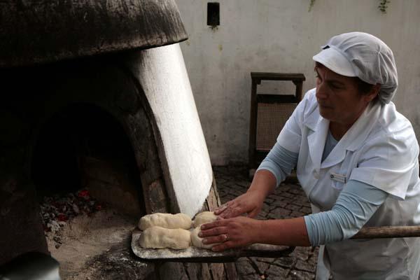 Algarve horno pan monchique