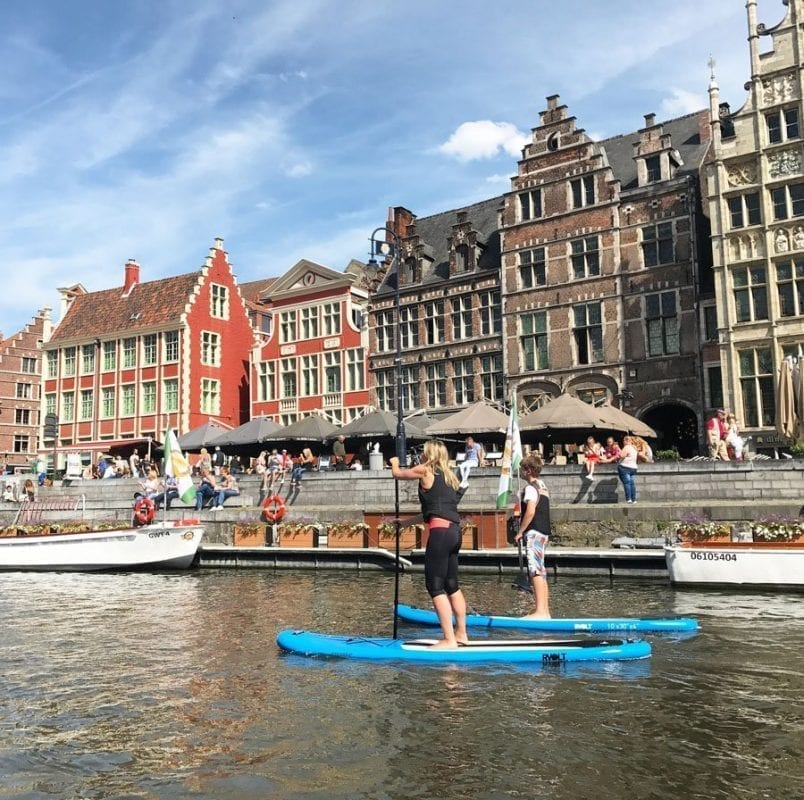 Paddle surf en Gante (Flandes, Bélgica)
