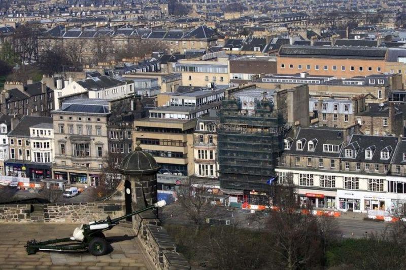 Cañón en la fortaleza de Edimburgo