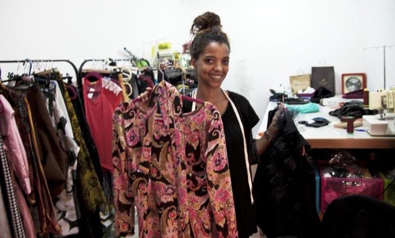 Diseñadora de ropa con tienda en Evora