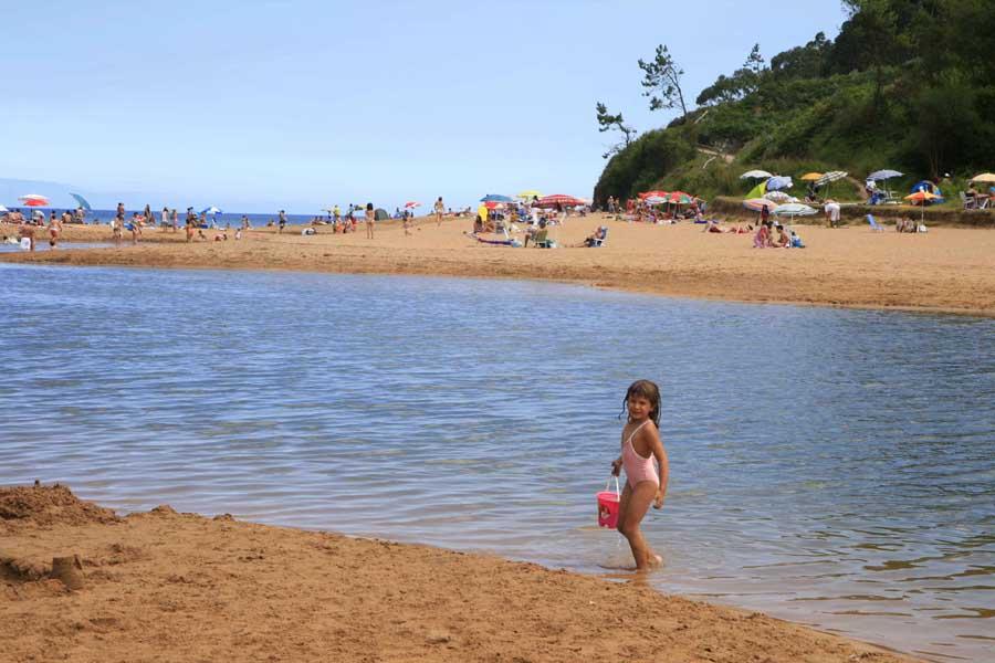 Playa de la Griega, en Colunga