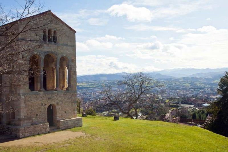 Santa Maria del Naranco, en Oviedo