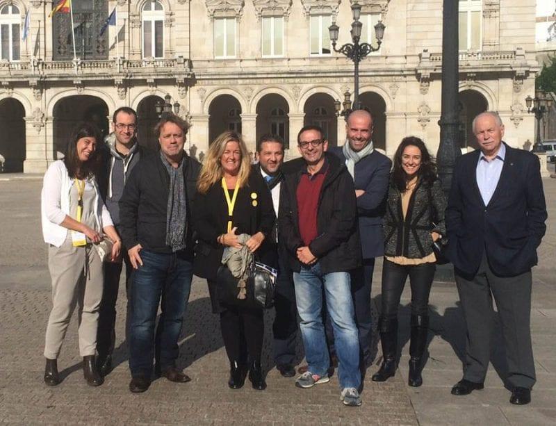 Algunos de los ponentes del EcomTravelBlog en la plaza de María Pita