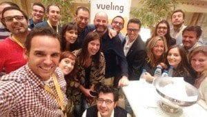 Selfie de los ponentes en la mesa de los bloggers