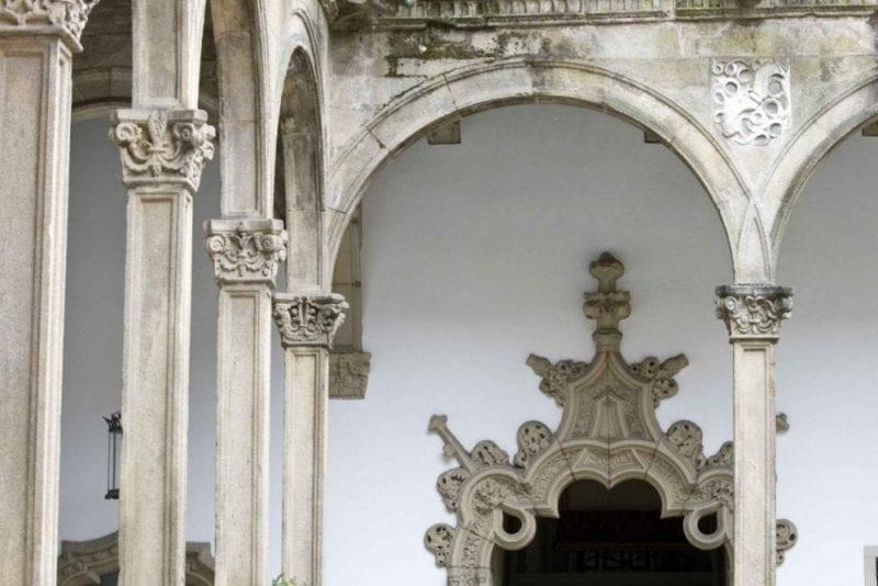 Santiago de Compostela detalle claustro