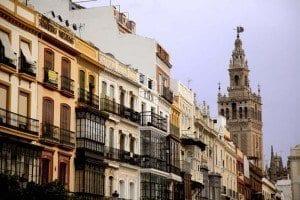 La estampa de la Giralda es la gran protagonista de todas las fotos en Sevilla