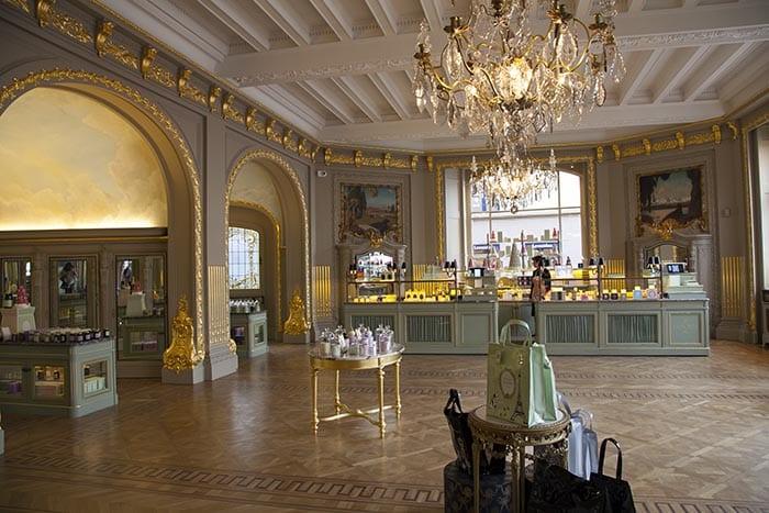 La única tienda de LaDurée en Bruselas está en el Sablón